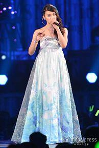 AKB48卒業の秋元才加、「私はみにくいアヒルの子」 ドレスに込めた想いを明かすの画像(モデルプレスに関連した画像)