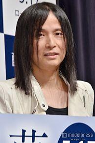 辻仁成、妻・中山美穂との離婚についての質問が飛ぶの画像(中山美穂に関連した画像)