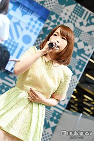 やなぎなぎ、初の舞台で存在感 パリ「JAPAN EXPO」で表情豊かな歌声披露の画像(EXPOに関連した画像)