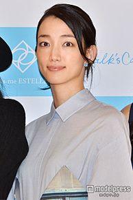 入山法子、新婚生活にコメント 結婚後初の公の場に登場の画像(入山法子に関連した画像)
