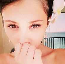 ダレノガレ明美、ハワイですっぴん生活 圧巻の美貌に「女神」の声の画像(ダレノガレ明美に関連した画像)