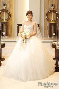 安田美沙子、純白ウエディングドレス姿をお披露目 笑顔溢れるバージンロードの画像(プリ画像)