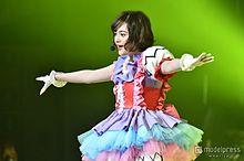 玉城ティナ、生歌初披露で2500人熱狂 キュートなダンス&歌声に「可愛い」の嵐の画像(プリ画像)