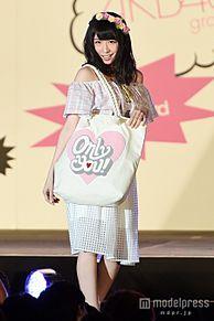 AKB48川本紗矢、美デコルテ全開スタイルで初挑戦「緊張しました」の画像(プリ画像)
