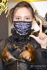 ざわちん、秋元才加風メイクを披露 共演者も「ご本人そっくり」と驚嘆の画像(秋元才加に関連した画像)