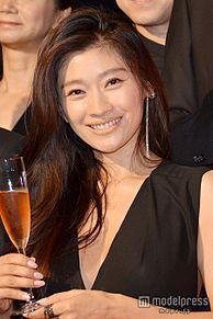 篠原涼子、潤い美肌の秘訣とは 心がけを明かすの画像(篠原涼子に関連した画像)
