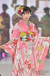 「Seventeen」古畑星夏、ピンクの華やか着物で透明感際立つ<関コレ2015A/W>の画像(関コレに関連した画像)