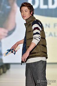 元THE BOOM宮沢和史の長男・宮沢氷魚が「関コレ」初出演 オーラ漂わせランウェイ<関コレ2015A/W>の画像(関コレに関連した画像)