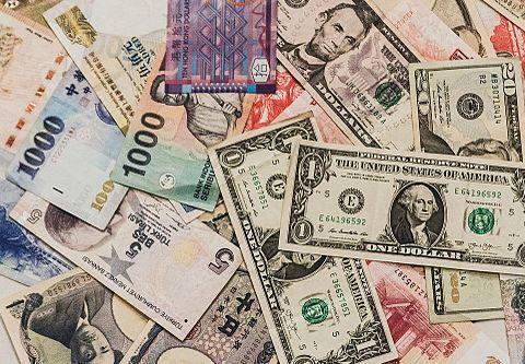 紙幣の画像(プリ画像)
