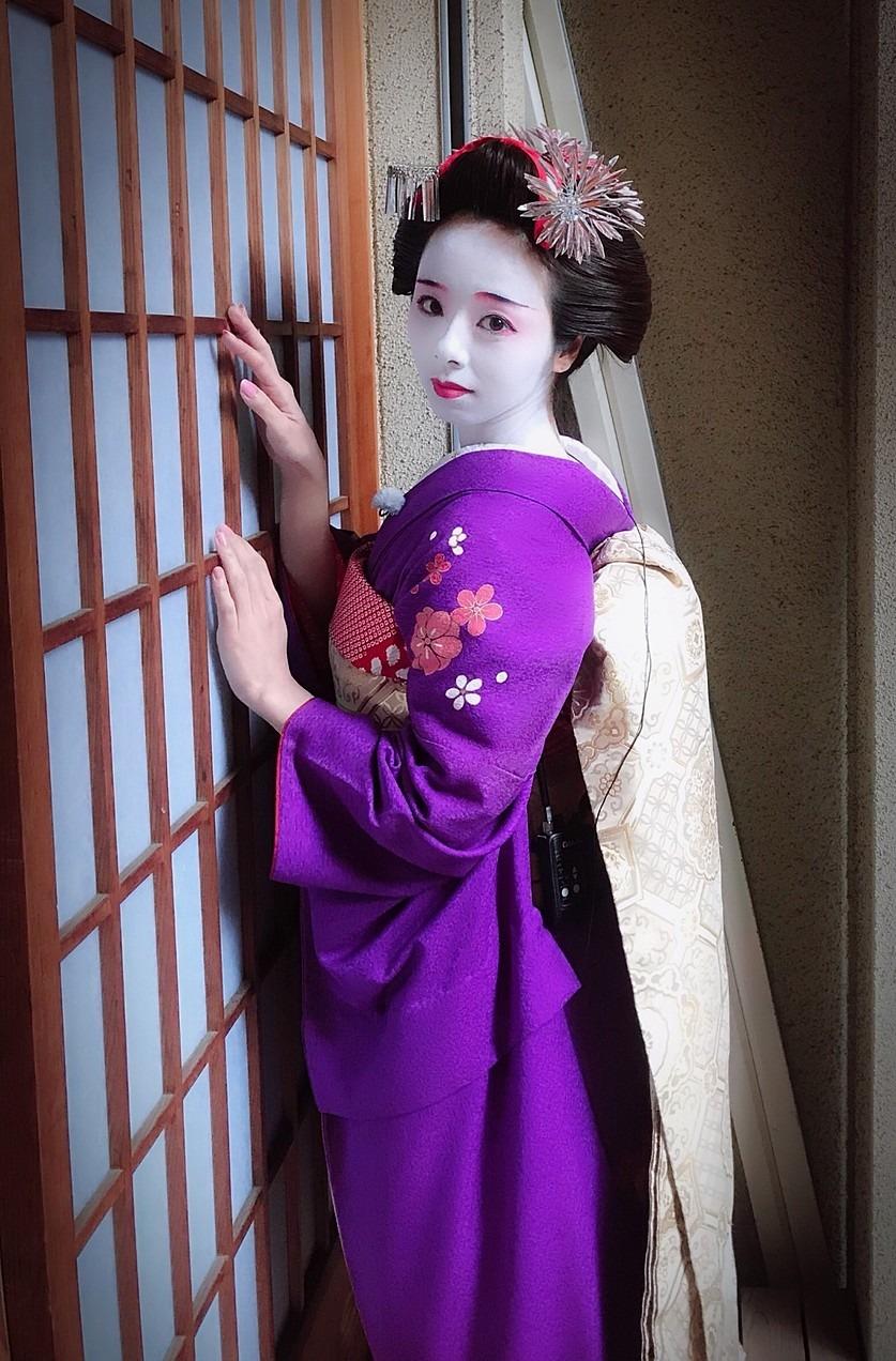 舞子さんになった川村真洋です。
