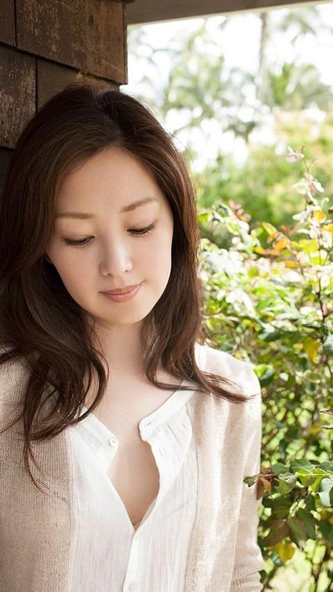 写真集の苗木優子