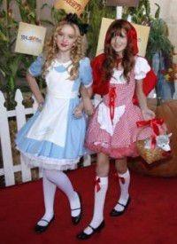 外国人 海外 美少女 Bella Thorne 赤ずきん ベラ プリ画像