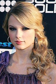 Taylor Swift テイラースウィフト