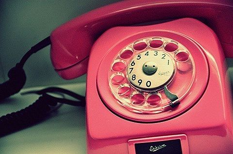 ピンクの電話の画像 p1_9