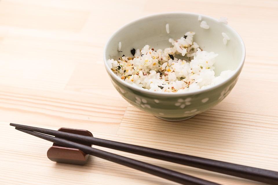 受験勉強の夜食にぴったり!うまい 棒(めんたい味)のアレンジレシピ3選!