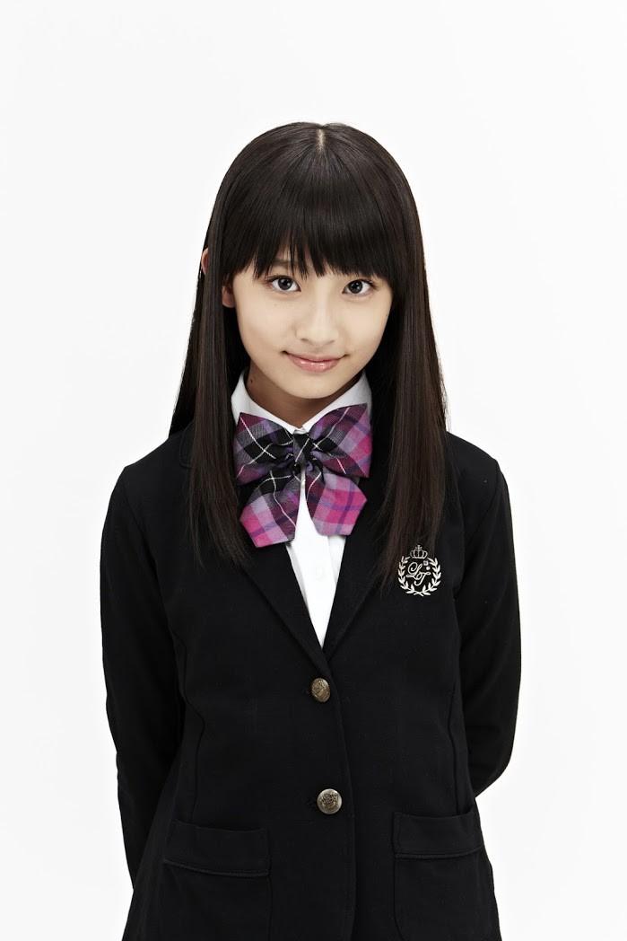 学生服がとっても似合う吉田里琴