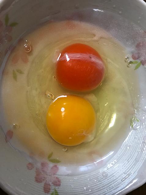 卵の違い 上が高い卵 下が安い卵の画像 プリ画像