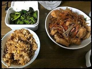 青かっぱ 炒飯 鶏肉と人参とゴボウの煮物の画像(プリ画像)