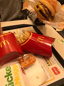 マクドナルド トリプルチーズバーガー フライドポテト プリ画像