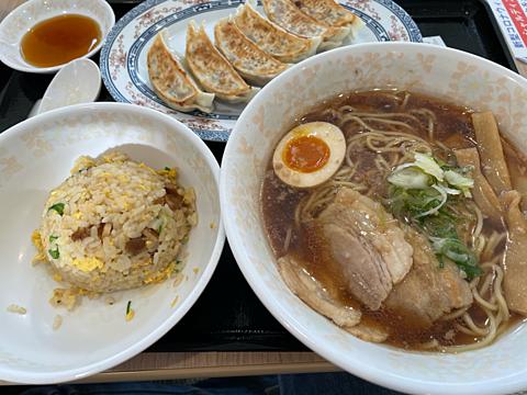 餃子の王将 醤油ラーメン定食 炒飯の画像(プリ画像)