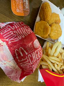 ナゲット ダブルチーズバーガー フライドポテト マクドナルドの画像(バーガーに関連した画像)