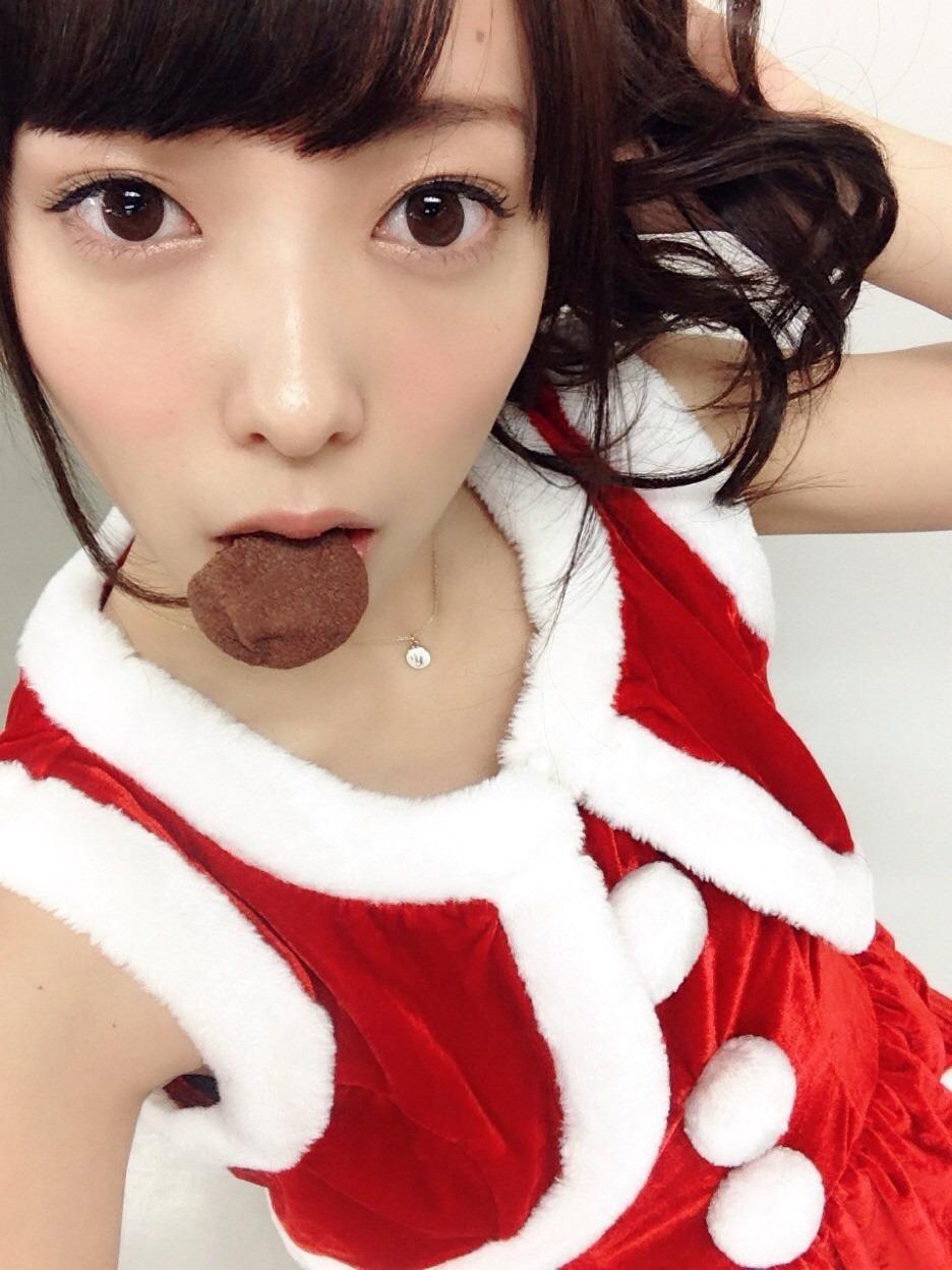 サンタコスが似合いすぎな斉藤優里。