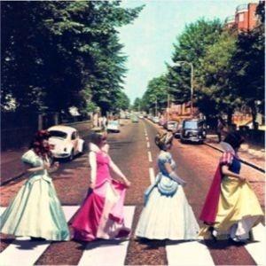 ディズニー プリンセス 実写 街歩き アイコンの画像 プリ画像