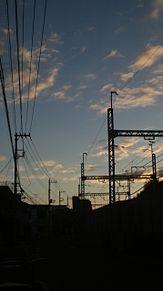 朝の画像(電線に関連した画像)
