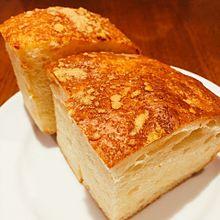 チーズがのったふわふわフォカッチャ 葛巻陽平 プリ画像