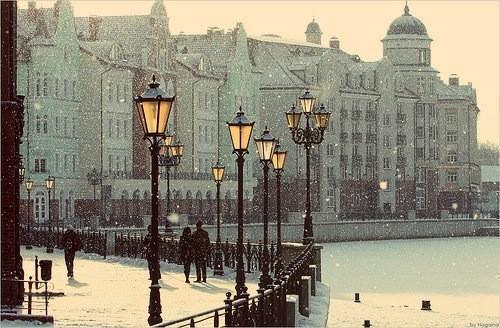 外国 街 雪 冬 街並み 素材の画像 プリ画像 保存・加工する際はコメントor評価お願いします\