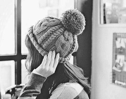 素材 女の子 かわいい ニット帽 帽子 白黒 [20532816 ...
