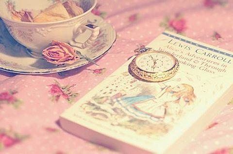 素材 待ち受け 壁紙 可愛い アリス ピンクの画像 プリ画像