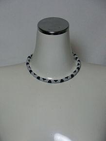 ファッションアテンダント横路さんの洗練されたネックレスの画像(ネックレスに関連した画像)