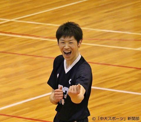 可愛い笑顔の石川祐希。