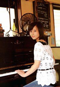ピアノをひく姫の画像(プリ画像)